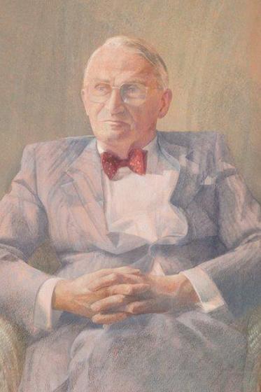 Dr Thomas Bewley