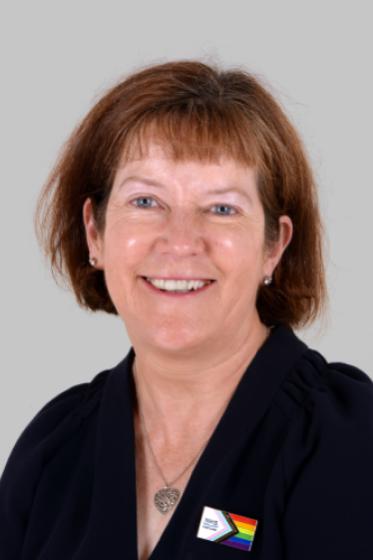 Dr Elaine Lockhart